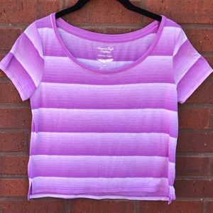 American Eagle feather light purple t-shirt S